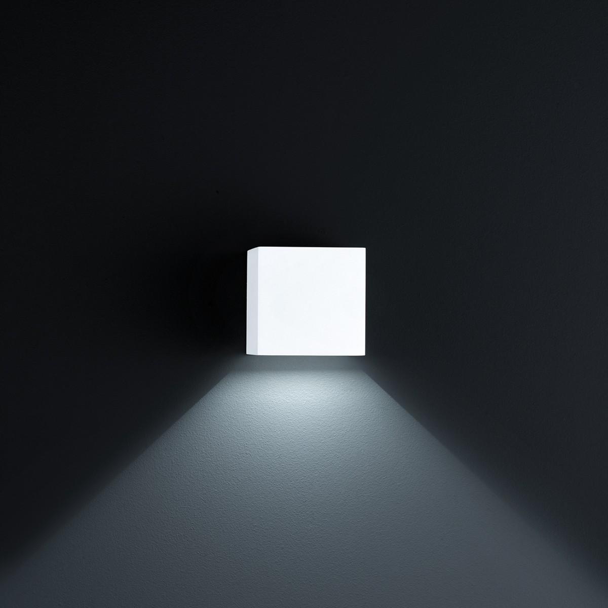 Helestra Siri 44 LED Außenwandleuchte, weiß matt