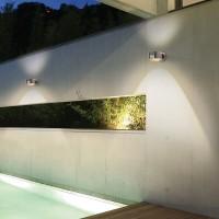 Top Light Puk Maxx Outdoor Wall LED, Chrom, Glas satiniert / Linse klar (Abbildung zeigt zwei Leuchten)