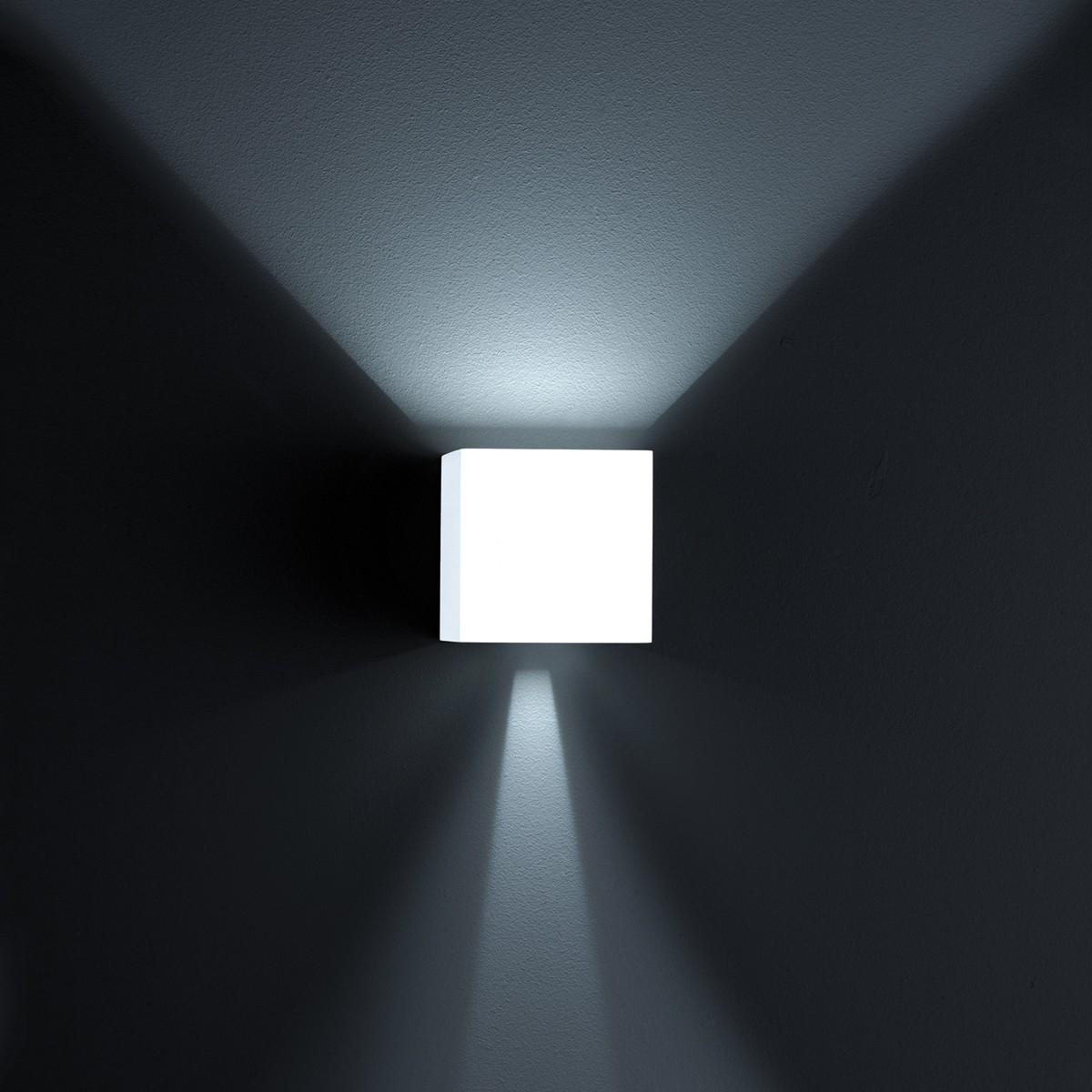Helestra Siri 44 Up & Down LED Außenwandleuchte, weiß matt