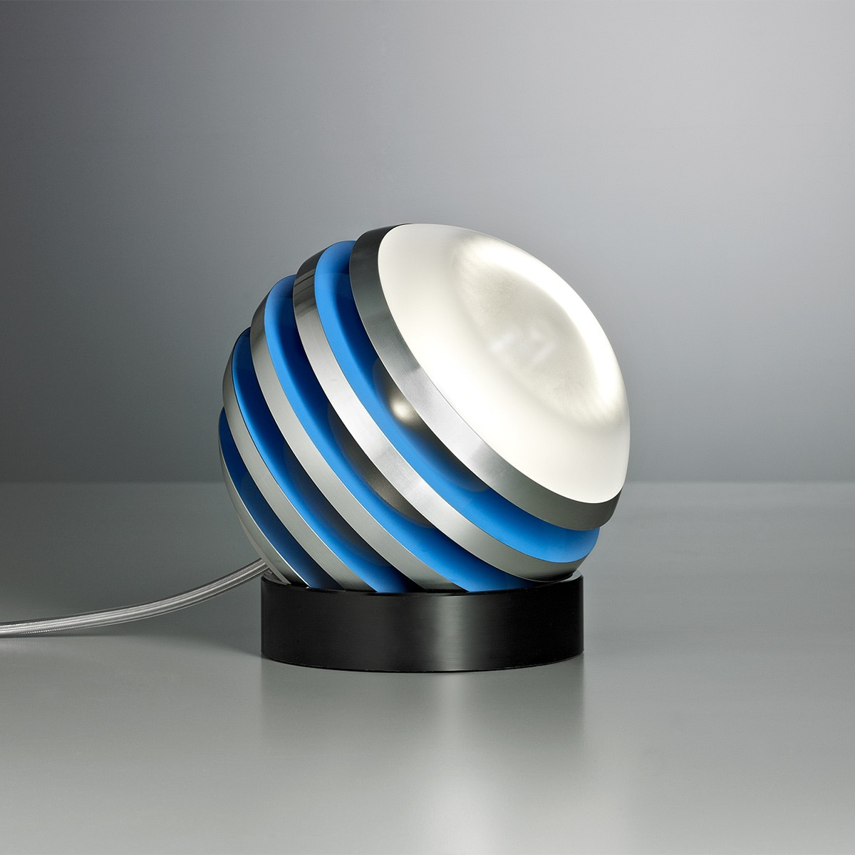 Tecnolumen Bulo Tischleuchte, Aluminium / hellblau