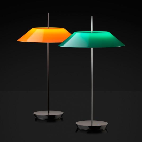 Vibia Mayfair 5500 Tischleuchte, Schirm: grün, und Vibia Mayfair 5500 Tischleuchte, Schirm: orange