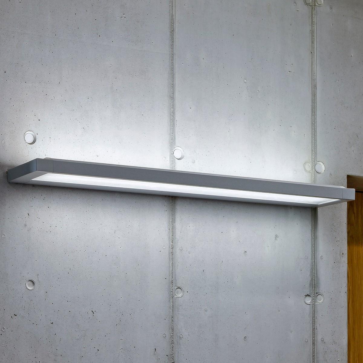 Belux Flat Wandleuchte, Breite: 154,4 cm, Aluminium