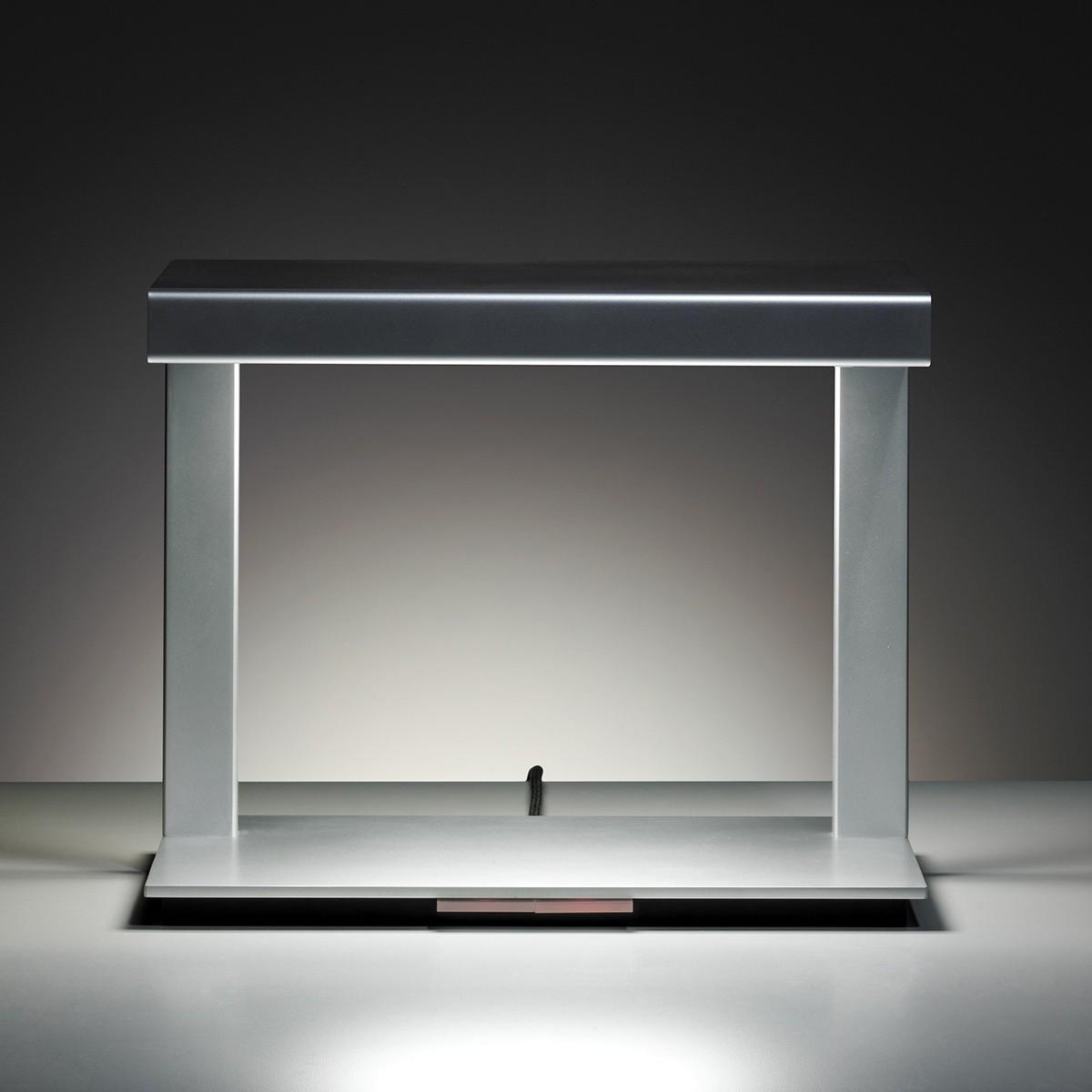Tecnolumen Ton 09 Tischleuchte, silbern lackiert
