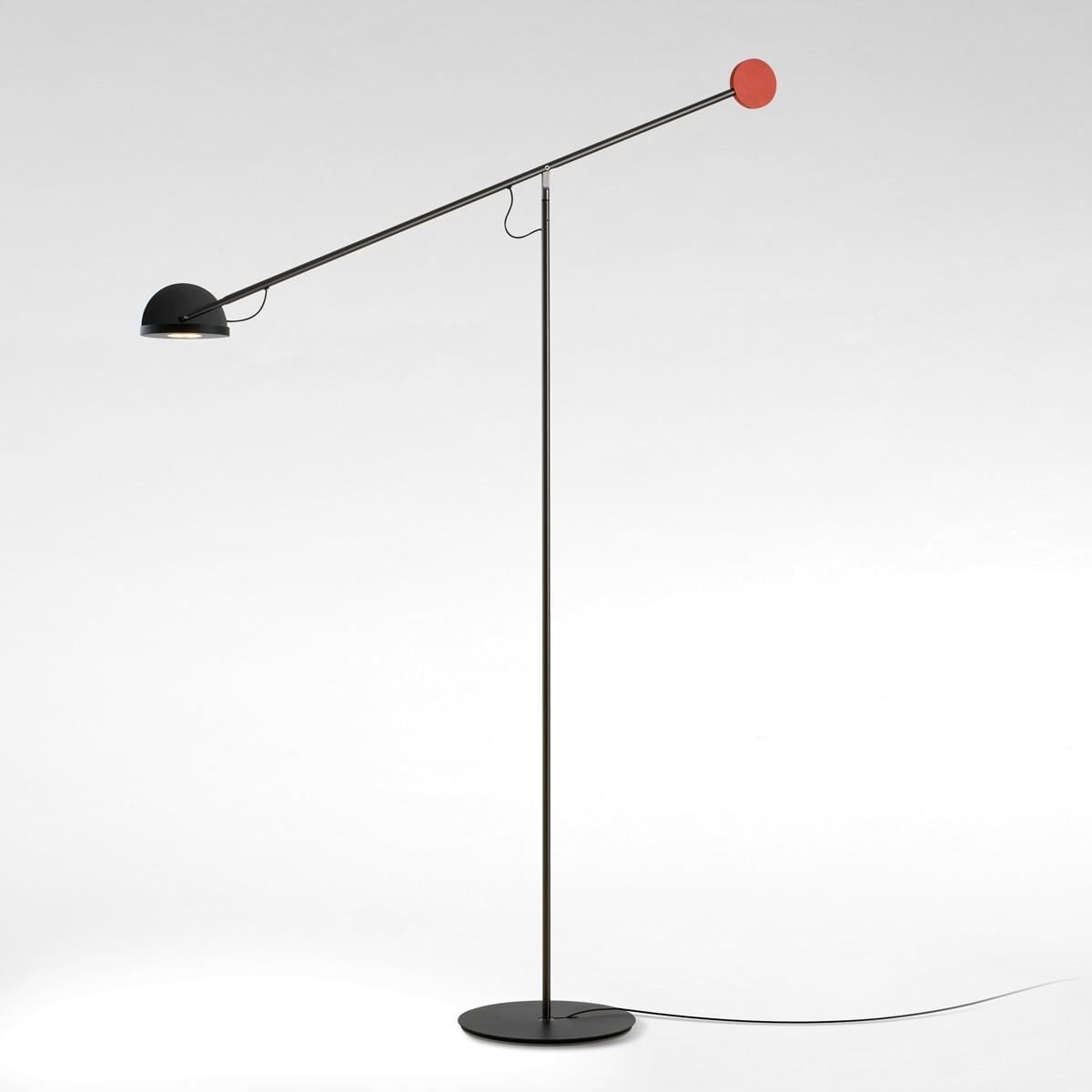 Marset Copérnica P LED Stehleuchte, graphit, Kopf: schwarz, Gegengewicht: golden