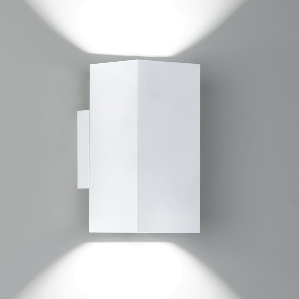 Milan Dau Doble LED Wandleuchte, weiß lackiert