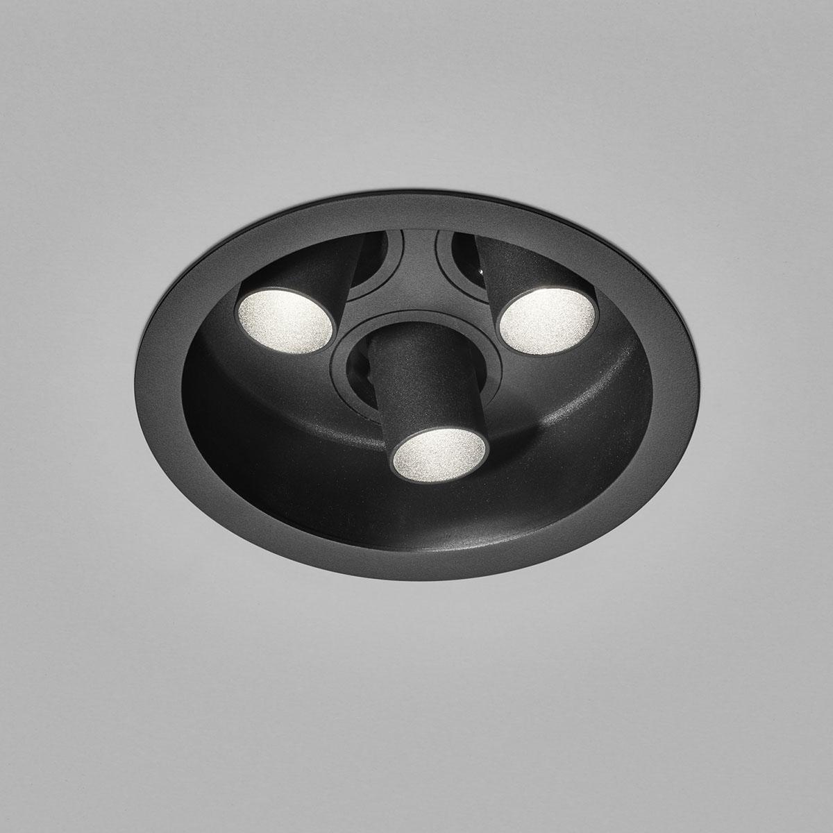 Helestra Run LED 3-flg. Deckeneinbaustrahler