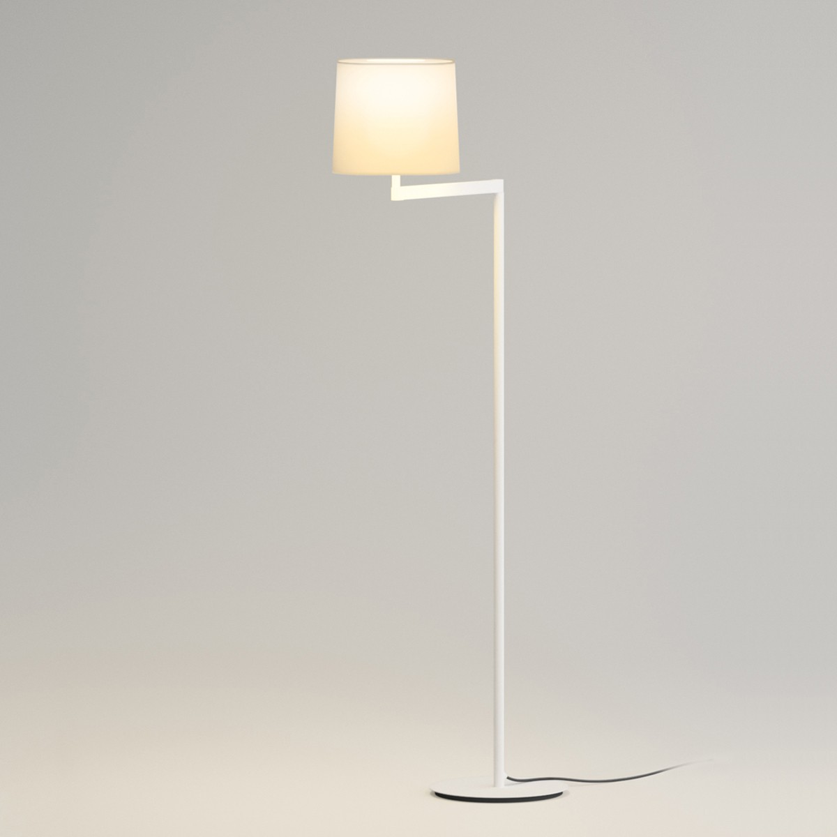 Vibia Swing 0503 Stehleuchte, Chrom