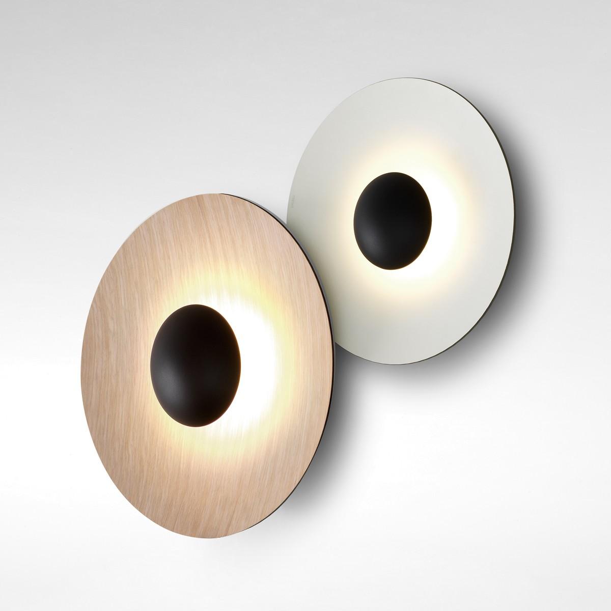 Marset Ginger C2 LED Wand- / Deckenleuchte, Rückseite: Eiche, Fronten: Eiche / weiß