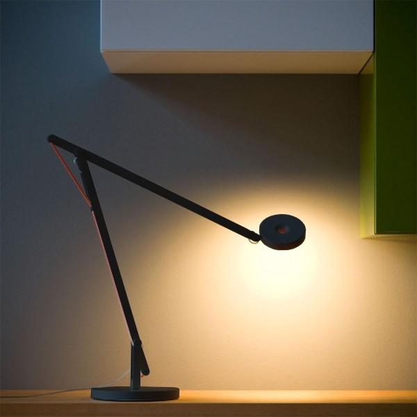 String T1 LED Tischleuchte, schwarz matt - oranges Seil