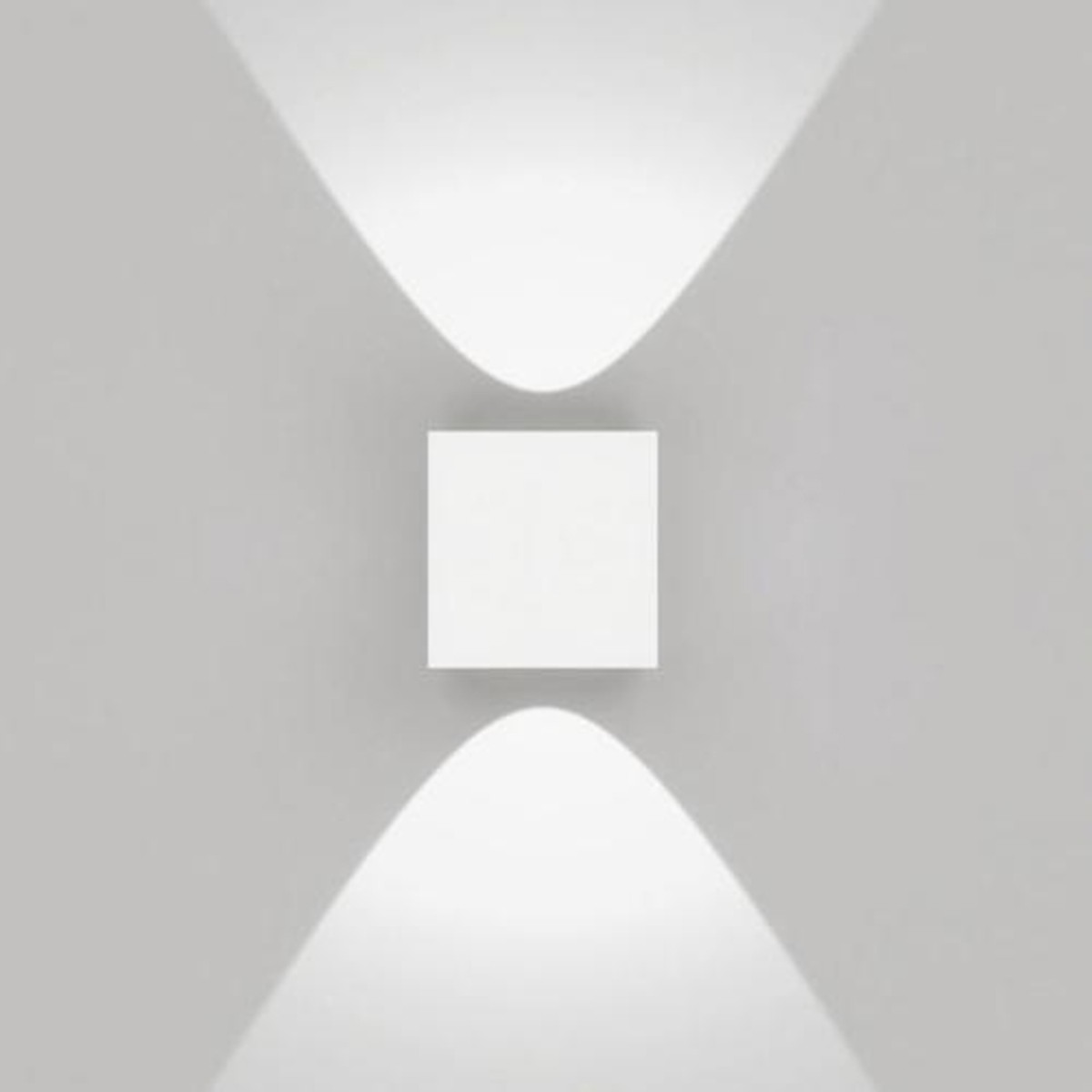 Artemide Outdoor Effetto 14S LED 2L Wandleuchte, 2 x 50°, 3000 K, hellgrau